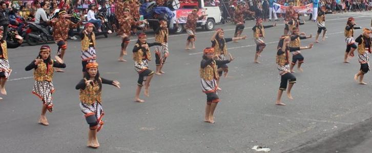 Kirab Budaya Ulang Tahun Kota Magelang tahun 2015