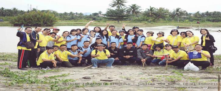 Aksi Penanaman Pohon Cemara dalam Rangka Jubile 100thn CB di Indonesia