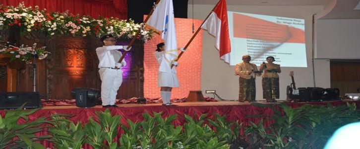 PELEPASAN SISWA KELAS XI SMK TARAKANITA TAHUN AJARAN 2014-2015