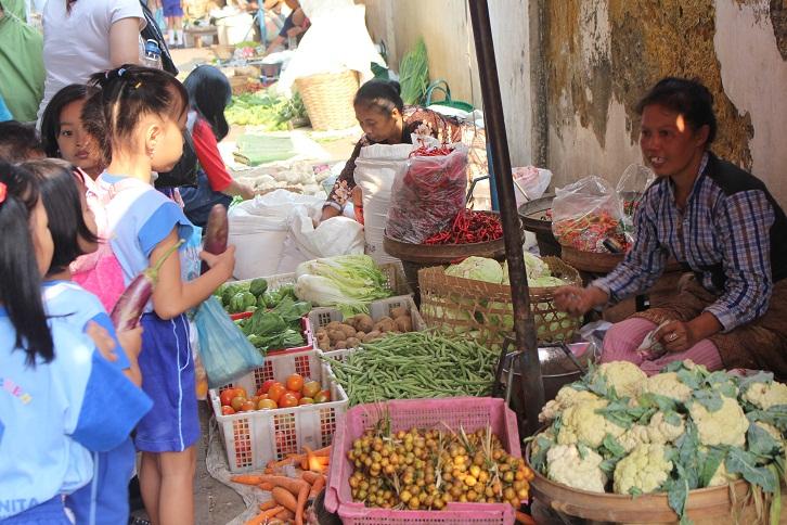 mengenal pasar tradisional