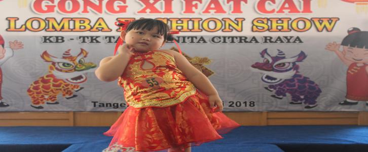 Fashion Show Perayaan Imlek
