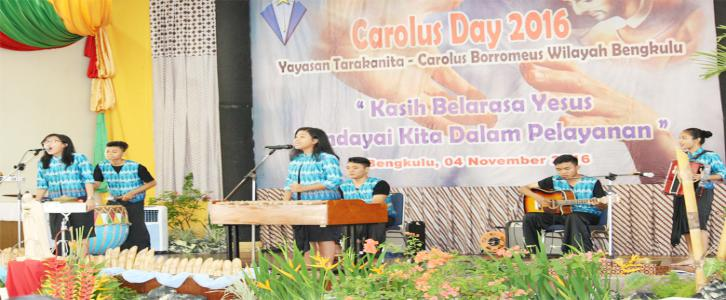 Kelompok Musikalisasi Puisi SMA Sint Carolus