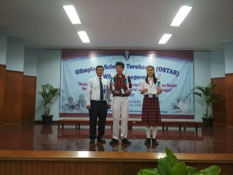Para pemenang lomba TIK tingkat SMA